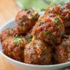 Hjemmelagde kjøttboller i salsa